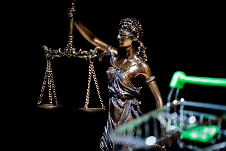 Czy działalność prawnicza wymaga posiadania kasy fiskalnej Osoby decydujące się na założenie własnej działalności gospodarczej, której przedmiotem będzie świadczenie usług prawniczych, stoją przed wieloma dylematami.
